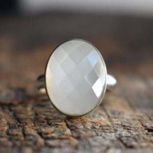 white moonstone ring,faceted moonstone ring,925 silver ring,faceted white moonstone ring,moonstone ring,natural white moonstone ring   Natural genuine Array jewelry. Buy crystal jewelry, handmade handcrafted artisan jewelry for women.  Unique handmade gift ideas. #jewelry #beadedjewelry #beadedjewelry #gift #shopping #handmadejewelry #fashion #style #product #jewelry #affiliate #ad