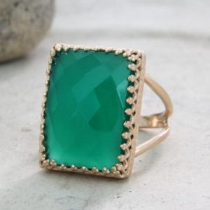 Green onyx ring,rectangular ring,statement ring,rose gold ring,14k rose gold filled ring,cocktail ring,event ring,wo | Natural genuine Onyx rings, simple unique handcrafted gemstone rings. #rings #jewelry #shopping #gift #handmade #fashion #style #affiliate #ad