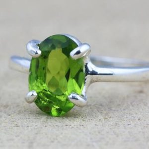 Shop Peridot Rings! August birthstone,Peridot ring,silver ring,August ring,gemstone ring,green precious ring,promise ring,green quartz | Natural genuine Peridot rings, simple unique handcrafted gemstone rings. #rings #jewelry #shopping #gift #handmade #fashion #style #affiliate #ad
