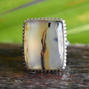 Shop Agate Rings! 925 silver natural montana agate ring-montana agate ring-natural agate ring-montana ring-agate ring-gemstone ring | Natural genuine Agate rings, simple unique handcrafted gemstone rings. #rings #jewelry #shopping #gift #handmade #fashion #style #affiliate #ad