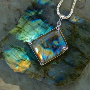 Shop Labradorite Pendants! Labradorite Pendant // Labradorite // Labradorite Necklace // Labradorite Rainbow // Sterling Silver // Labradorite Wire Wrap | Natural genuine Labradorite pendants. Buy crystal jewelry, handmade handcrafted artisan jewelry for women.  Unique handmade gift ideas. #jewelry #beadedpendants #beadedjewelry #gift #shopping #handmadejewelry #fashion #style #product #pendants #affiliate #ad