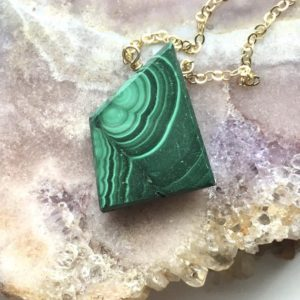 Shop Malachite Jewelry! Malachite Necklace – Malachite Jewelry – Malachite Pendant Necklace – Raw Crystal Necklace – Malachite – Raw Stone Necklace | Natural genuine Malachite jewelry. Buy crystal jewelry, handmade handcrafted artisan jewelry for women.  Unique handmade gift ideas. #jewelry #beadedjewelry #beadedjewelry #gift #shopping #handmadejewelry #fashion #style #product #jewelry #affiliate #ad