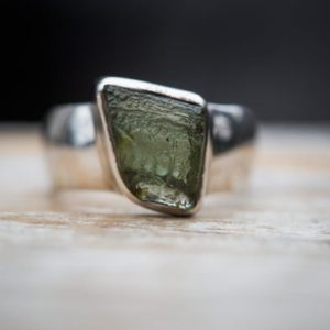 Shop Moldavite Rings! Moldavite Ring 7 – Raw Uncut Moldavite Ring Size 7 – Moldavite Ring – Moldavite Jewelry – Raw Moldavite Ring Size 7 Moldavite Ring Moldavite   Natural genuine Moldavite rings, simple unique handcrafted gemstone rings. #rings #jewelry #shopping #gift #handmade #fashion #style #affiliate #ad