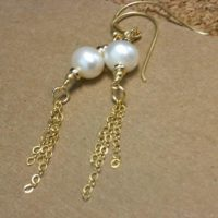 Pearl Earrings – Pearl Jewelry – Gold Jewelry – June Birthstone Jewellery – Bride – Wedding – Chain – Gemstone – Dangle – Fashion Er-98 | Natural genuine Gemstone jewelry. Buy handcrafted artisan wedding jewelry.  Unique handmade bridal jewelry gift ideas. #jewelry #beadedjewelry #gift #crystaljewelry #shopping #handmadejewelry #wedding #bridal #jewelry #affiliate #ad