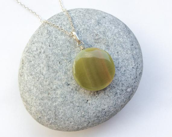 Tiny Round Serpentine Pendant, Natural Serpentine Stone, Light Green-orange, Small Pendant, Round Shape, Sterling Silver Pendant, Green Gem