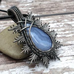 Blue Lace Agate Pendant, Wire Wrapped Jewellery, Blue Stone Necklace, Agate Jewellery | Natural genuine Array jewelry. Buy crystal jewelry, handmade handcrafted artisan jewelry for women.  Unique handmade gift ideas. #jewelry #beadedjewelry #beadedjewelry #gift #shopping #handmadejewelry #fashion #style #product #jewelry #affiliate #ad