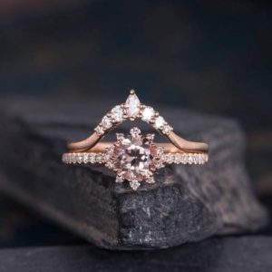 Morganite Engagement Ring Rose Gold Bridal Set Round Cut Ring Curved Halo Diamond Half Eternity Band Women Chevron Ring Anniversary | Natural genuine Array rings, simple unique alternative gemstone engagement rings. #rings #jewelry #bridal #wedding #jewelryaccessories #engagementrings #weddingideas #affiliate #ad