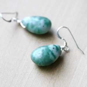Green Teardrop Earrings Stone . Green Agate Earrings Dangle . Natural Gemstone Earrings for Women | Natural genuine Gemstone earrings. Buy crystal jewelry, handmade handcrafted artisan jewelry for women.  Unique handmade gift ideas. #jewelry #beadedearrings #beadedjewelry #gift #shopping #handmadejewelry #fashion #style #product #earrings #affiliate #ad
