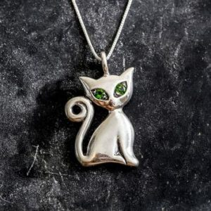 Shop Diopside Pendants! Cat Pendant, Chrome Diopside, Green Pendant, Artistic Pendant, Silver Cat Pendant, Solid Silver Pendant, Silver Cat, Vintage Pendant | Natural genuine Diopside pendants. Buy crystal jewelry, handmade handcrafted artisan jewelry for women.  Unique handmade gift ideas. #jewelry #beadedpendants #beadedjewelry #gift #shopping #handmadejewelry #fashion #style #product #pendants #affiliate #ad
