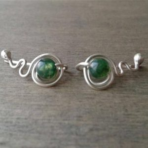Shop Moss Agate Jewelry! Green ear cuffs, silver ear climbers with dark green stone, cute earcuffs, moss agate earrings, playful jewelry, Ohr manschetten, grimpeurs | Natural genuine Moss Agate jewelry. Buy crystal jewelry, handmade handcrafted artisan jewelry for women.  Unique handmade gift ideas. #jewelry #beadedjewelry #beadedjewelry #gift #shopping #handmadejewelry #fashion #style #product #jewelry #affiliate #ad