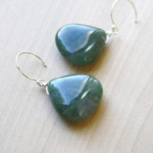 Shop Moss Agate Jewelry! Moss Agate Earrings Green . Large Gemstone Earrings Dangle . Green Agate Earrings Silver Drop | Natural genuine Moss Agate jewelry. Buy crystal jewelry, handmade handcrafted artisan jewelry for women.  Unique handmade gift ideas. #jewelry #beadedjewelry #beadedjewelry #gift #shopping #handmadejewelry #fashion #style #product #jewelry #affiliate #ad