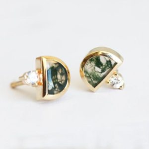 Shop Moss Agate Jewelry! Moss Agate Earrings, Moss Agate Stud Earrings, Half Moon Earrings with Sapphires | Natural genuine Moss Agate jewelry. Buy crystal jewelry, handmade handcrafted artisan jewelry for women.  Unique handmade gift ideas. #jewelry #beadedjewelry #beadedjewelry #gift #shopping #handmadejewelry #fashion #style #product #jewelry #affiliate #ad