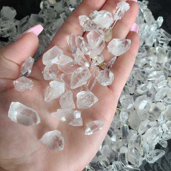 Aaa Small Chunky Quartz Crystal Points, Choose Quantity (raw Arkansas Quartz Crystal For Jewelry, Crystal Grids, And Meditation) (group 7)