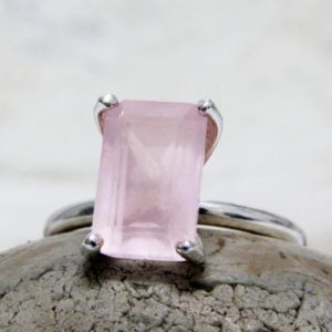 silver ring,white gold ring,rose quartz ring,silver love ring,January birthstone ring,rectangle pink ring | Natural genuine Array jewelry. Buy crystal jewelry, handmade handcrafted artisan jewelry for women.  Unique handmade gift ideas. #jewelry #beadedjewelry #beadedjewelry #gift #shopping #handmadejewelry #fashion #style #product #jewelry #affiliate #ad