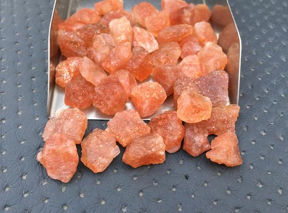 10 Pieces Natural Rough,size 12-14 Mm, Natural Raw Sunstone Crystal,infused Sunstone Raw,loose Gemstone Raw,glowing Sunstone Gemstone Chunky