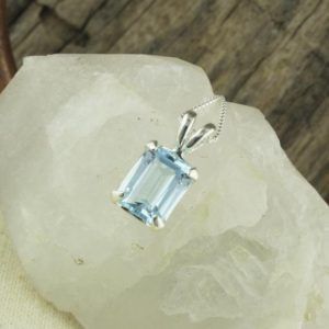 Shop Topaz Pendants! Sky Blue Topaz Pendant -Sterling Silver Pendant Necklace -Sky Blue Topaz Necklace | Natural genuine Topaz pendants. Buy crystal jewelry, handmade handcrafted artisan jewelry for women.  Unique handmade gift ideas. #jewelry #beadedpendants #beadedjewelry #gift #shopping #handmadejewelry #fashion #style #product #pendants #affiliate #ad