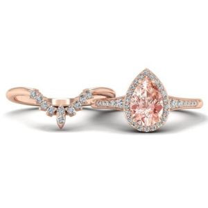 Pear Shaped Morganite Engagement Ring Rose Gold Antique Morganite Engagement Ring Vintage Pear Shaped Wedding Ring Set Unique Bridal Ring | Natural genuine Array rings, simple unique alternative gemstone engagement rings. #rings #jewelry #bridal #wedding #jewelryaccessories #engagementrings #weddingideas #affiliate #ad
