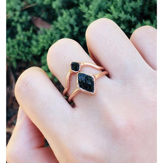 Raw Black Tourmaline Ring For Men And Women, Raw Tourmaline Ring Set , Black Tourmaline Ring, Raw Gemstone Jewelry, Raw Black Crystal Ring