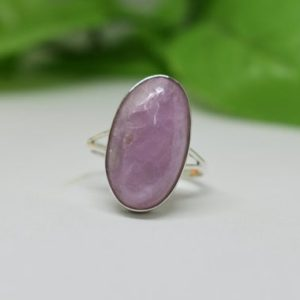 Shop Kunzite Jewelry! Artisan Kunzite Ring, Pink Kunzite Ring, Pink Gemstone Jewelry, Kunzite Jewelry, Split Band Ring, Gift For Her, Valentines Day Gift, Boho | Natural genuine Kunzite jewelry. Buy crystal jewelry, handmade handcrafted artisan jewelry for women.  Unique handmade gift ideas. #jewelry #beadedjewelry #beadedjewelry #gift #shopping #handmadejewelry #fashion #style #product #jewelry #affiliate #ad