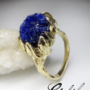 Azurite Ring Gold Art Nouveau Style Flower Crystal Ring Natural Blue Azurite Gemstone 14K Gold Statement Fine Jewelry Mens Lord of the rings | Natural genuine Azurite mens fashion rings, simple unique handcrafted gemstone men's rings, gifts for men. Anillos hombre. #rings #jewelry #crystaljewelry #gemstonejewelry #handmadejewelry #affiliate #ad