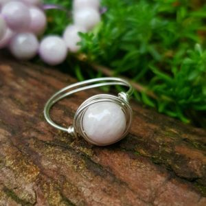 Shop Kunzite Rings! Kunzite ring, 925 Sterling Silver, Crystal Ring, Natural Gemstone ring, healing, Love Stone ring, gift for her, self love, Dainty boho lover | Natural genuine Kunzite rings, simple unique handcrafted gemstone rings. #rings #jewelry #shopping #gift #handmade #fashion #style #affiliate #ad