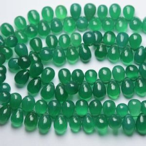 natural aventurine plain pear stright drilled sized 13 by 18mm 1strand