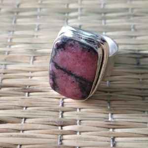 Rhodonite ring, 925 solid silver ring, pink stone ring, Rectangle gemstone ring, Natural Rhodonite jewelry, handmade ring, ottoman ring | Natural genuine Array jewelry. Buy crystal jewelry, handmade handcrafted artisan jewelry for women.  Unique handmade gift ideas. #jewelry #beadedjewelry #beadedjewelry #gift #shopping #handmadejewelry #fashion #style #product #jewelry #affiliate #ad