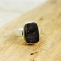 Black Shungite Unisex Ring Rectangle Shape Cab Set On 925 Sterling Silver Quality Nickel Free Solid Silver Jewelry For Men Or Woman | Natural genuine Gemstone jewelry. Buy handcrafted artisan men's jewelry, gifts for men.  Unique handmade mens fashion accessories. #jewelry #beadedjewelry #beadedjewelry #shopping #gift #handmadejewelry #jewelry #affiliate #ad
