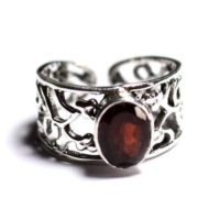 N224 – 925 Sterling Silver Ring And Stone – Faceted Garnet Oval 9x7mm | Natural genuine Gemstone jewelry. Buy crystal jewelry, handmade handcrafted artisan jewelry for women.  Unique handmade gift ideas. #jewelry #beadedjewelry #beadedjewelry #gift #shopping #handmadejewelry #fashion #style #product #jewelry #affiliate #ad