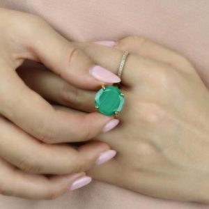 Shop Malachite Rings! Natural Malachite Ring · Round Diamond Cut Ring · 14k White Gold Ring · Handmade Vintage Ring · Malachite Green Ring | Natural genuine Malachite rings, simple unique handcrafted gemstone rings. #rings #jewelry #shopping #gift #handmade #fashion #style #affiliate #ad