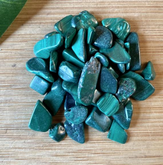 Malachite Tumbled Chips Gift Bag Jewelry Making Crafts Crafting Roller Ball