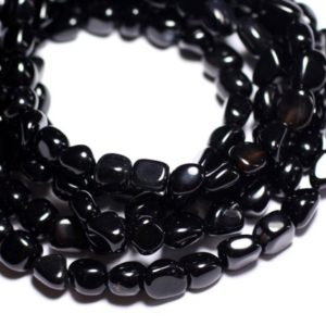 Shop Onyx Chip & Nugget Beads! Wire 39cm 43pc env – beads of stone – Onyx Black 6-9mm tumbled Nuggets | Natural genuine chip Onyx beads for beading and jewelry making.  #jewelry #beads #beadedjewelry #diyjewelry #jewelrymaking #beadstore #beading #affiliate #ad