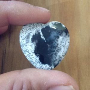 Shop Agate Shapes! Natural Dendrite Agate 30 MM Heart shape genuine gemstone beautiful colour gemstone jewellery stone | Natural genuine stones & crystals in various shapes & sizes. Buy raw cut, tumbled, or polished gemstones for making jewelry or crystal healing energy vibration raising reiki stones. #crystals #gemstones #crystalhealing #crystalsandgemstones #energyhealing #affiliate #ad