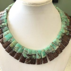 """Shop Chrysoprase Necklaces! Natural Chrysoprase Layout Necklace Gemstone Bib Necklace Cleopatra Necklace Collar Necklace For Women, 13"""" 16mm To 29mm 42 Pieces, Gds1917 