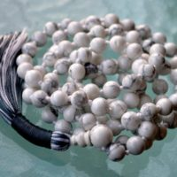 Howlite Mala Necklace, 108 Mala Beads, White Mala Necklace, Howlite Necklace, Knotted Mala, Howlite Jewelry, White Necklace Summer Jewelry | Natural genuine Gemstone jewelry. Buy crystal jewelry, handmade handcrafted artisan jewelry for women.  Unique handmade gift ideas. #jewelry #beadedjewelry #beadedjewelry #gift #shopping #handmadejewelry #fashion #style #product #jewelry #affiliate #ad