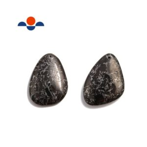 Natural Black Jet Stone Pendant Teardrop or Irregular Shape Approx 30x40mm | Natural genuine Jet jewelry. Buy crystal jewelry, handmade handcrafted artisan jewelry for women.  Unique handmade gift ideas. #jewelry #beadedjewelry #beadedjewelry #gift #shopping #handmadejewelry #fashion #style #product #jewelry #affiliate #ad