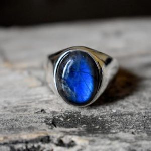 Shop Labradorite Rings! Blue Labradorite Ring , Signet Ring , 925 Sterling Silver , Unisex Ring , Mens Ring , Labradorite Gemstone , Labradorite Silver Ring | Natural genuine Labradorite mens fashion rings, simple unique handcrafted gemstone men's rings, gifts for men. Anillos hombre. #rings #jewelry #crystaljewelry #gemstonejewelry #handmadejewelry #affiliate #ad
