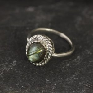 Shop Labradorite Rings! Labradorite Ring, Natural Labradorite, Solitaire Ring, Vintage Ring, Rainbow Ring, Green Gemstone Ring, Protection Ring, 925 Sterling Silver | Natural genuine Labradorite rings, simple unique handcrafted gemstone rings. #rings #jewelry #shopping #gift #handmade #fashion #style #affiliate #ad