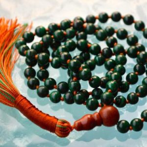 HEART CHAKRA Malachite Mala Beads Necklace Yoga Mala Beads Genuine Natural Malachite Mala Necklace Jewelry Knotted Green Tara Mala AAA grade | Natural genuine Gemstone necklaces. Buy crystal jewelry, handmade handcrafted artisan jewelry for women.  Unique handmade gift ideas. #jewelry #beadednecklaces #beadedjewelry #gift #shopping #handmadejewelry #fashion #style #product #necklaces #affiliate #ad