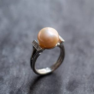 Shop Pearl Rings! Real Pearl Ring, Beige Pearl Ring, Natural Pearl, June Birthstone, Pink Pearl, Real Pearl, Vintage Rings, Beige Ring, 925 Silver Ring, Pearl | Natural genuine Pearl rings, simple unique handcrafted gemstone rings. #rings #jewelry #shopping #gift #handmade #fashion #style #affiliate #ad
