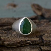 Natural Emerald Gemstone Ring, May Birthstone Ring, 925 Sterling Silver Ring, Pear Faceted Emerald Gemstone Ring, Unisex Handmade Gift Ring | Natural genuine Gemstone jewelry. Buy crystal jewelry, handmade handcrafted artisan jewelry for women.  Unique handmade gift ideas. #jewelry #beadedjewelry #beadedjewelry #gift #shopping #handmadejewelry #fashion #style #product #jewelry #affiliate #ad