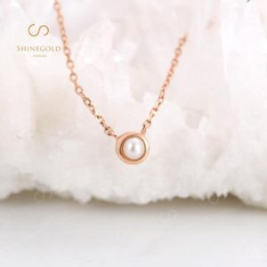 Shop Pearl Pendants! Rose Gold Akoya Pearl Pendant necklace Simple Unique Wedding Charm Necklaces Bridal Delicate White Gold Minimalist Anniversary | Natural genuine Pearl pendants. Buy handcrafted artisan wedding jewelry.  Unique handmade bridal jewelry gift ideas. #jewelry #beadedpendants #gift #crystaljewelry #shopping #handmadejewelry #wedding #bridal #pendants #affiliate #ad