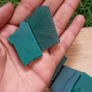 Shop Raw & Rough Onyx Stones! Raw Green Onyx Crystal – Natural Gemstone for Jewelry Making – Healing Stone – Crystal Shop | Natural genuine stones & crystals in various shapes & sizes. Buy raw cut, tumbled, or polished gemstones for making jewelry or crystal healing energy vibration raising reiki stones. #crystals #gemstones #crystalhealing #crystalsandgemstones #energyhealing #affiliate #ad