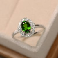 Green Diopside Ring, Sterling Silver, Delicate Ring, Oval Diopside Ring | Natural genuine Gemstone jewelry. Buy crystal jewelry, handmade handcrafted artisan jewelry for women.  Unique handmade gift ideas. #jewelry #beadedjewelry #beadedjewelry #gift #shopping #handmadejewelry #fashion #style #product #jewelry #affiliate #ad