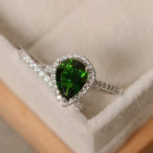 Shop Diopside Rings! Pear cut diopside ring, promise ring,wedding ring, sterling silver,chrome diopside   Natural genuine Diopside rings, simple unique alternative gemstone engagement rings. #rings #jewelry #bridal #wedding #jewelryaccessories #engagementrings #weddingideas #affiliate #ad