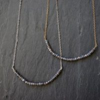 Labradorite Necklace / Silver Labradorite Necklace  / Gold Labradorite Necklace | Natural genuine Gemstone jewelry. Buy crystal jewelry, handmade handcrafted artisan jewelry for women.  Unique handmade gift ideas. #jewelry #beadedjewelry #beadedjewelry #gift #shopping #handmadejewelry #fashion #style #product #jewelry #affiliate #ad
