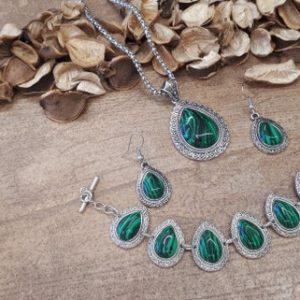 Shop Malachite Necklaces! Malachite and Silver Jewelry Set – Malachite Earrings – Oval Malachite Necklace – Teardrop Malachite Jewelry Set – Malachite Bracelet | Natural genuine Malachite necklaces. Buy crystal jewelry, handmade handcrafted artisan jewelry for women.  Unique handmade gift ideas. #jewelry #beadednecklaces #beadedjewelry #gift #shopping #handmadejewelry #fashion #style #product #necklaces #affiliate #ad
