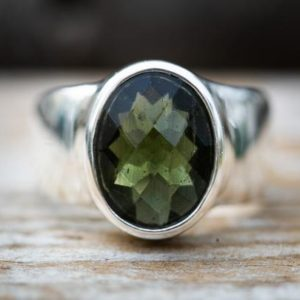 Shop Moldavite Rings! Moldavite Ring 8 – Moldavite Ring Size 8 full faceted Moldavite Ring 8 – Moldavite Ring size 8 – Moldavite Ring – moldavite ring size 8   Natural genuine Moldavite rings, simple unique handcrafted gemstone rings. #rings #jewelry #shopping #gift #handmade #fashion #style #affiliate #ad