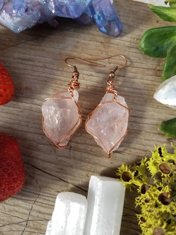 Rose Quartz Earrings, Raw Natural Rough Rose Quartz Crystals, Pink Quartz Earrings, Large Chunky Earrings, Pure Copper Wire Wrapped Earrings