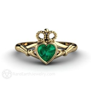 Emerald Claddagh Ring Celtic Jewelry Celtic Engagement Ring Irish Wedding Ring or Promise Ring Solid Gold 14K 18K and Platinum | Natural genuine Array rings, simple unique alternative gemstone engagement rings. #rings #jewelry #bridal #wedding #jewelryaccessories #engagementrings #weddingideas #affiliate #ad